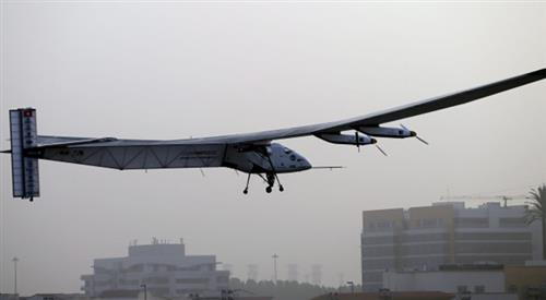 World's only solar plane takes 2nd world tour in 12hrs